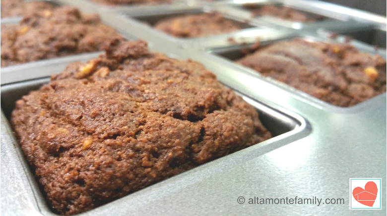 gluten-free-chocolate-walnut-muffin-recipe-honeyville-almond-flour