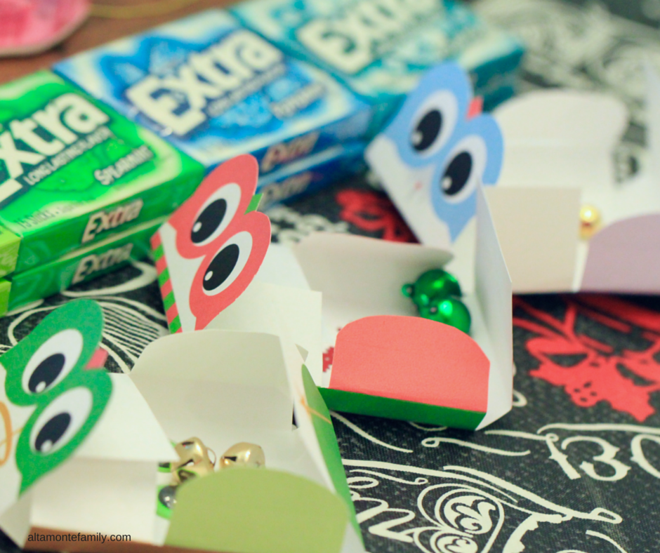 Free Printable Gum Wrappers - Holiday Owls