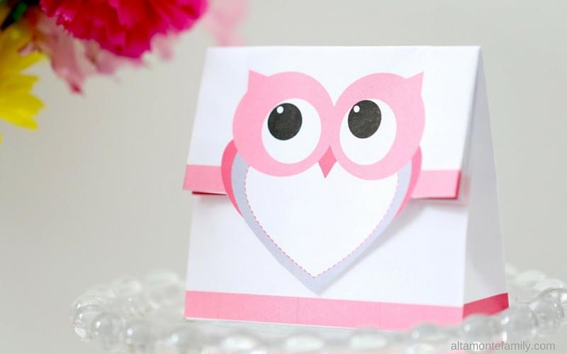 Free Printable Treat Bag - Pink Heart Owl
