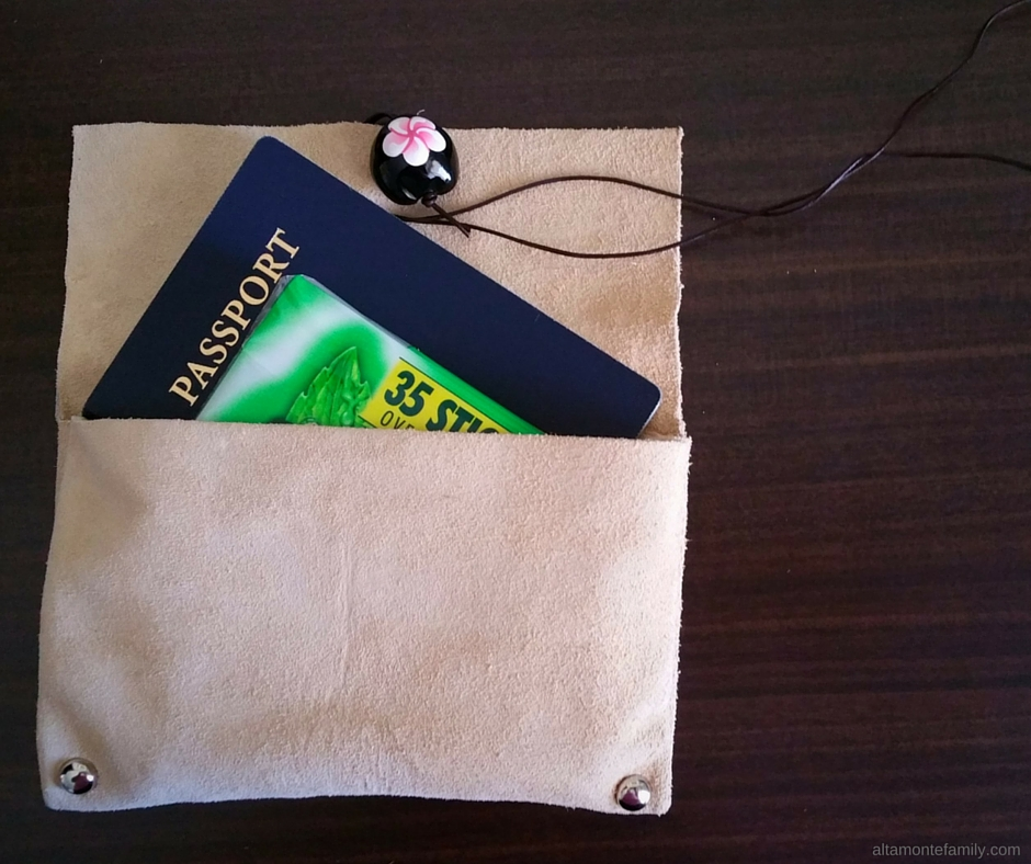 DIY No Sew Leather Travel Pouch