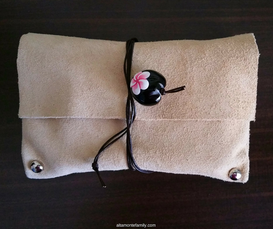 No-Sew Leather Travel Pouch