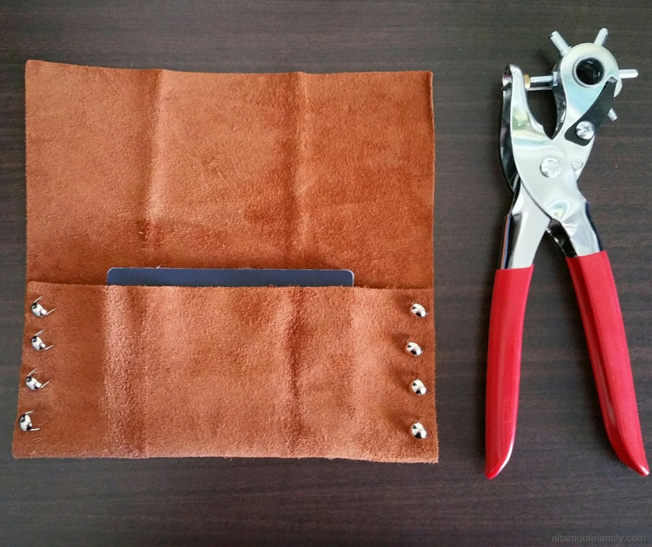 DIY No-Sew Leather Travel Pouch Tutorial