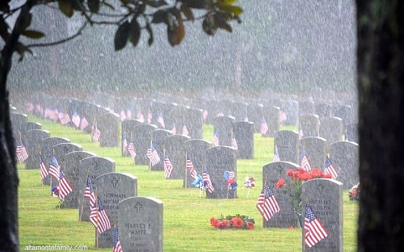 Remembering Our Fallen Heroes on Memorial Day - Florida National Cemetery