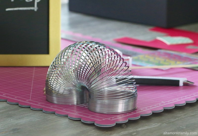 80s Retro Party Theme Ideas - Slinky