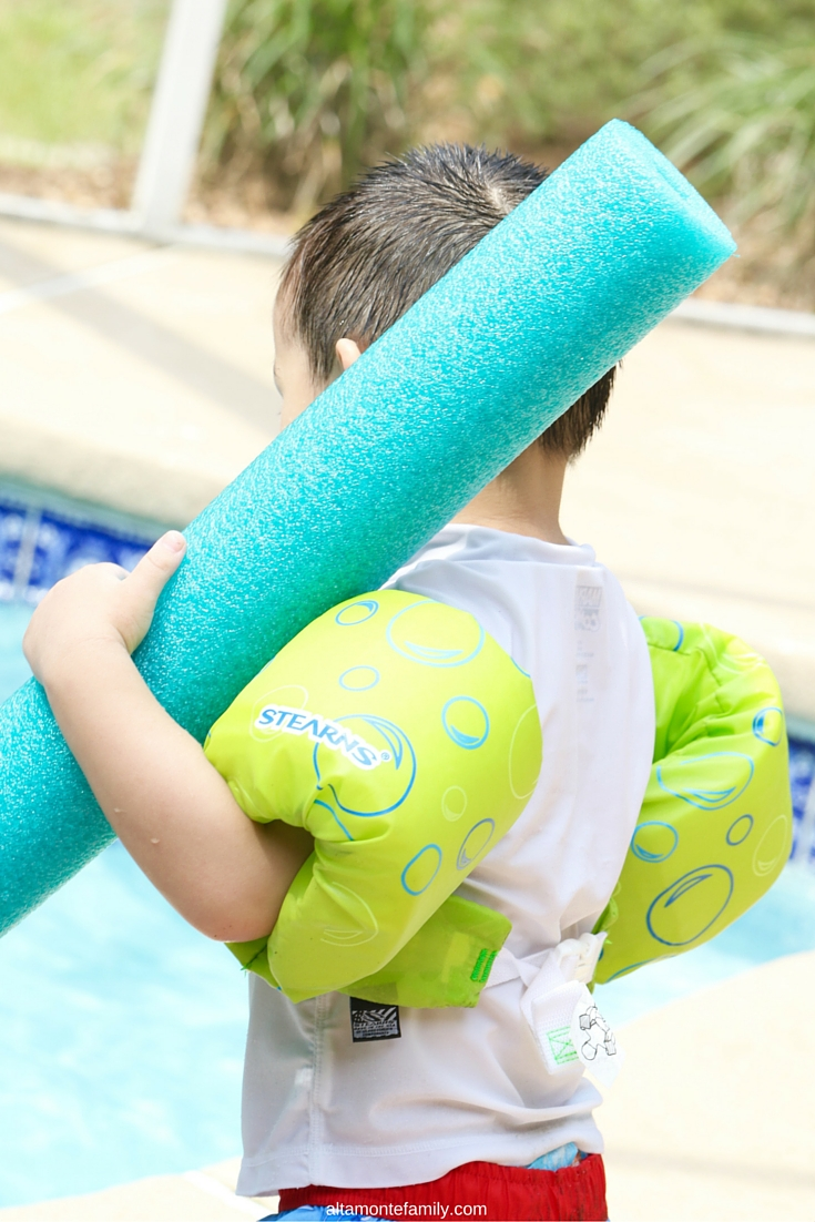 Summer Activities for Kids - Fun at the Pool
