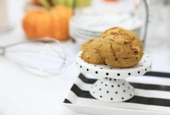 2-Ingredient Pumpkin Spice Cookies