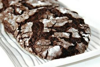 The Easiest Chocolate Crinkle Cookies