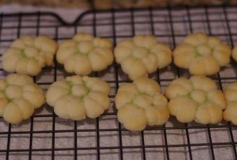 One-Bite Spritz Cookies