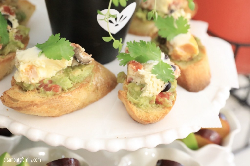 Savory Fiesta Breakfast Crostini Ideas and Toppings